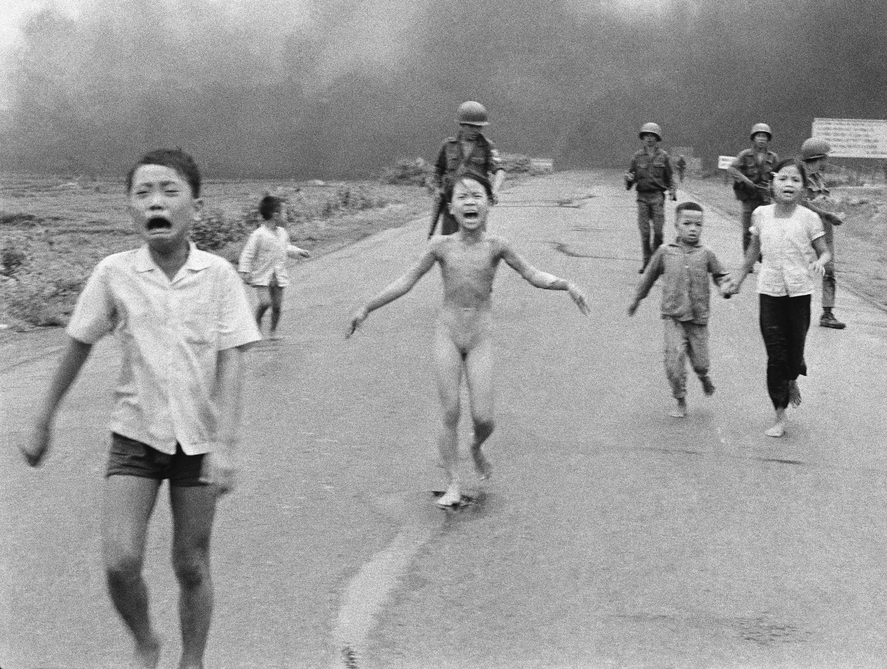 Napalm girl (Kim Phuc), Vietnam (June 8, 1972)
