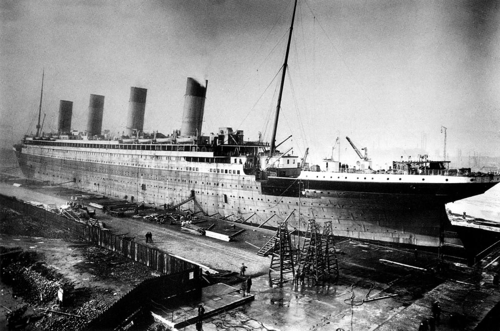 Titanic under construction, 1912