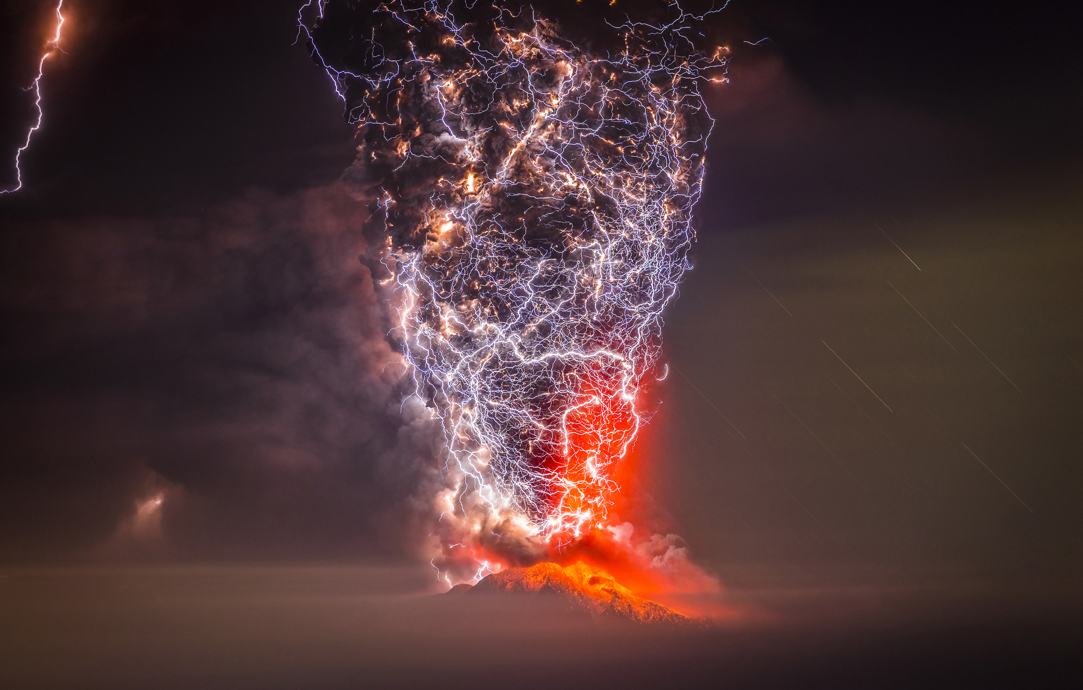 Volcanic Eruption of Calbuco, Chile