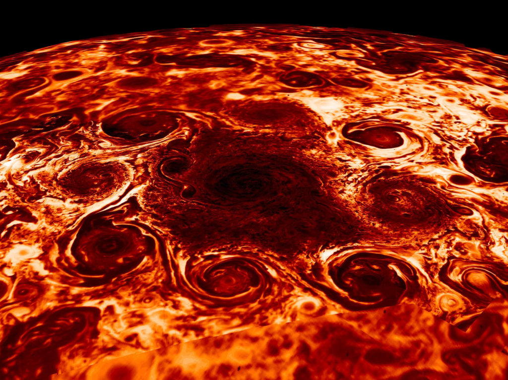 Giant cyclones at the North Pole of Jupiter