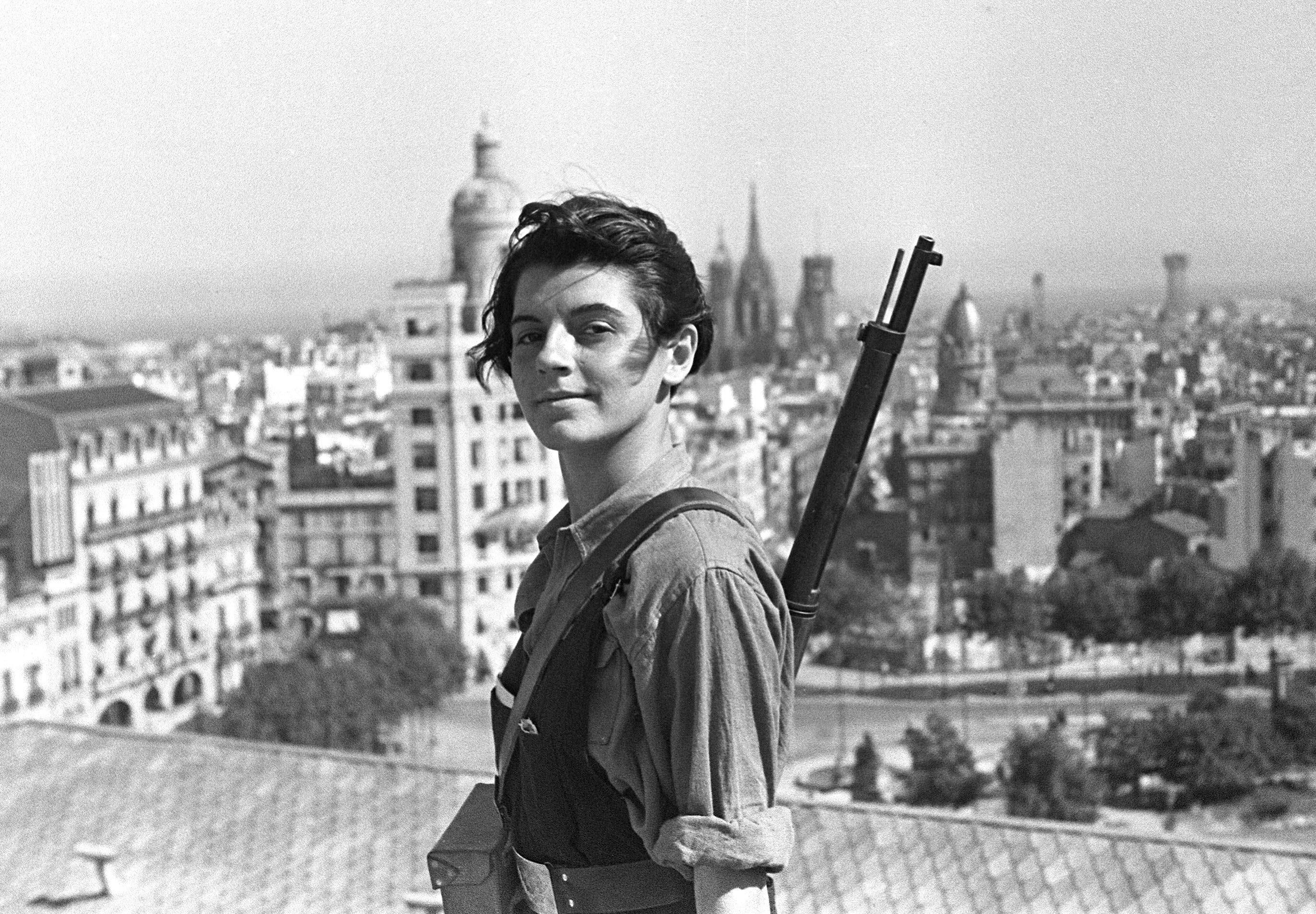 Marina Ginestà, Barcelona, 1936