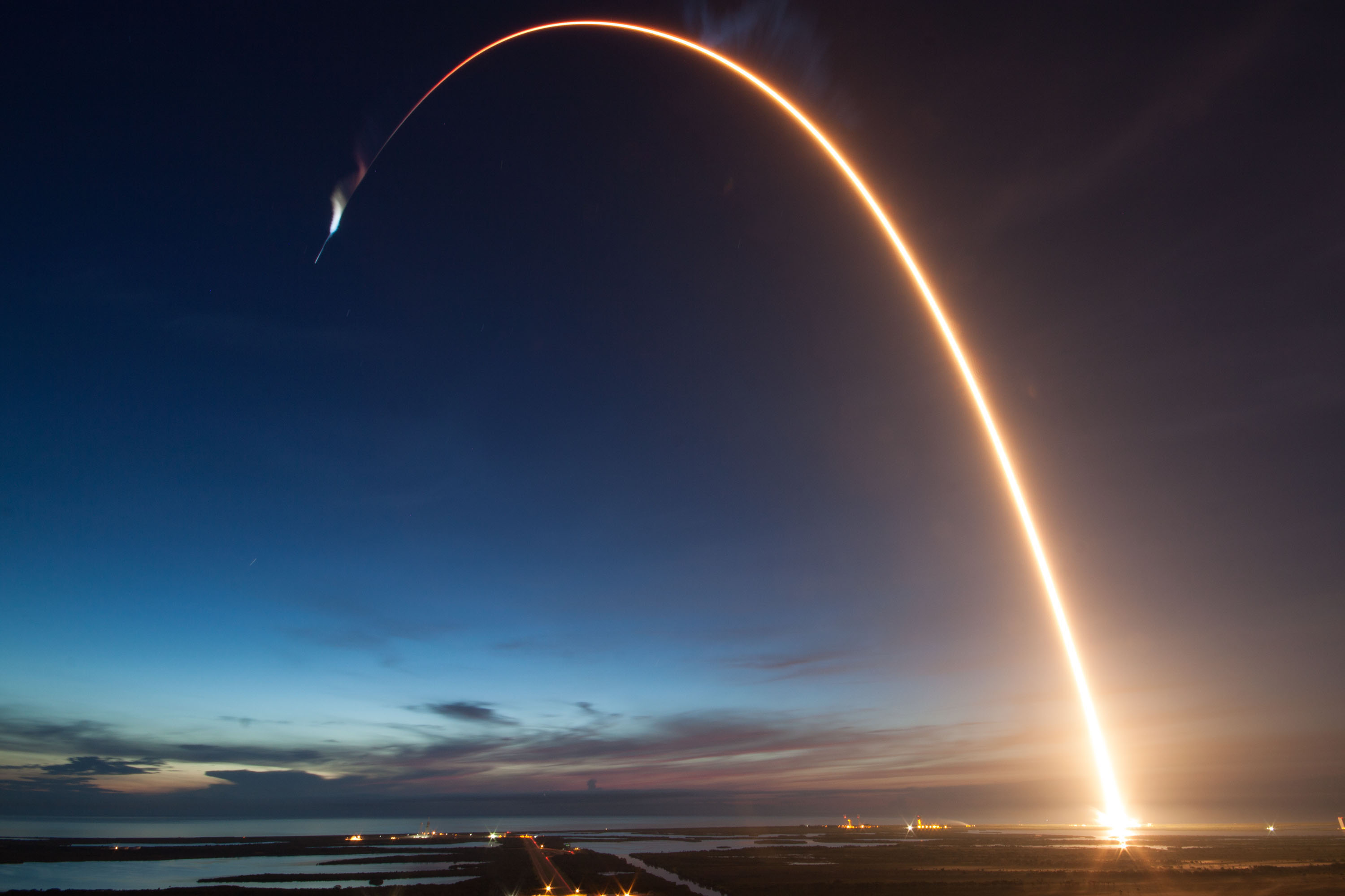 SpaceX Dragon launch by Falcon 9