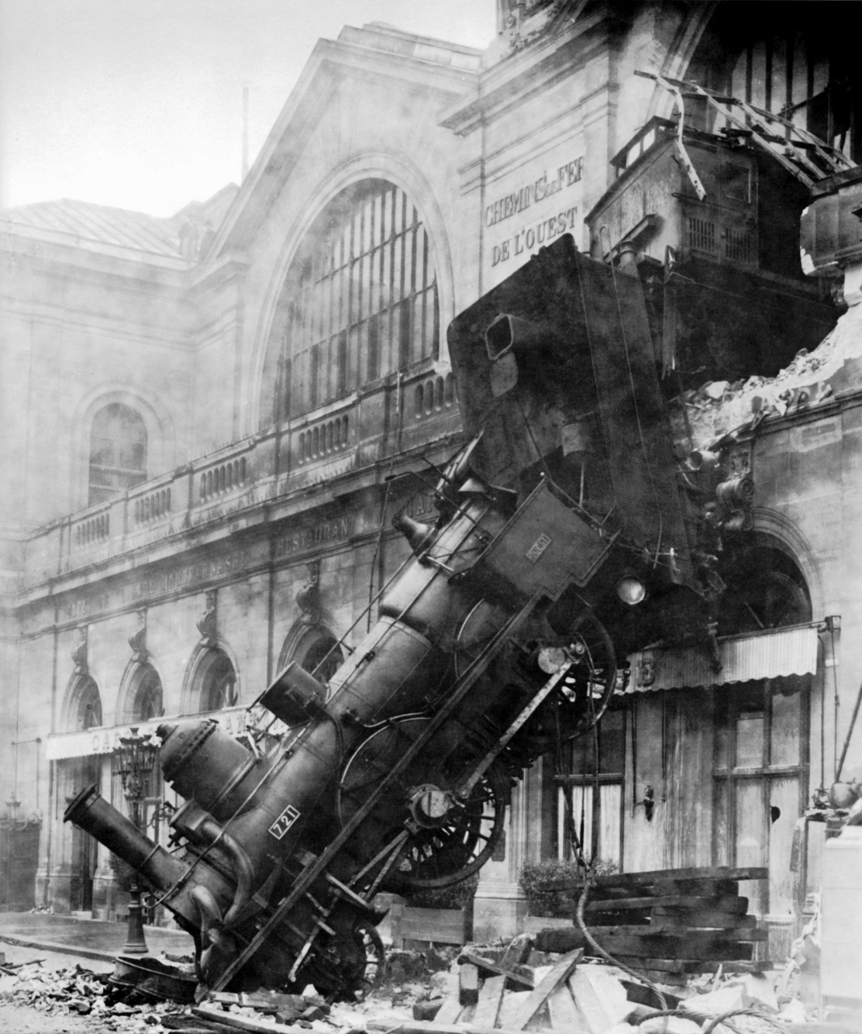 Train wreck at Montparnasse, Paris, 1895